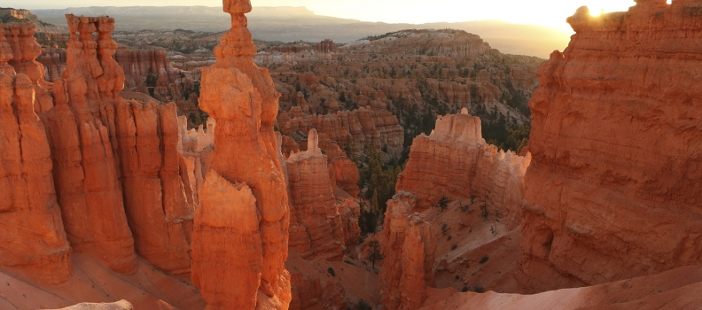 """""""National Parks Adventure"""" Signs Expedia, Inc. as Global Sponsor"""